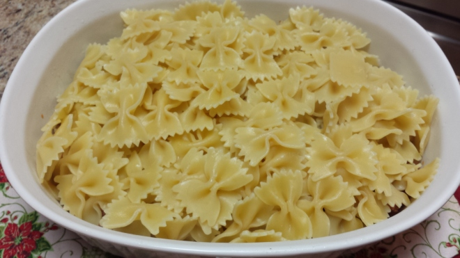 Farfalle and meat sauce
