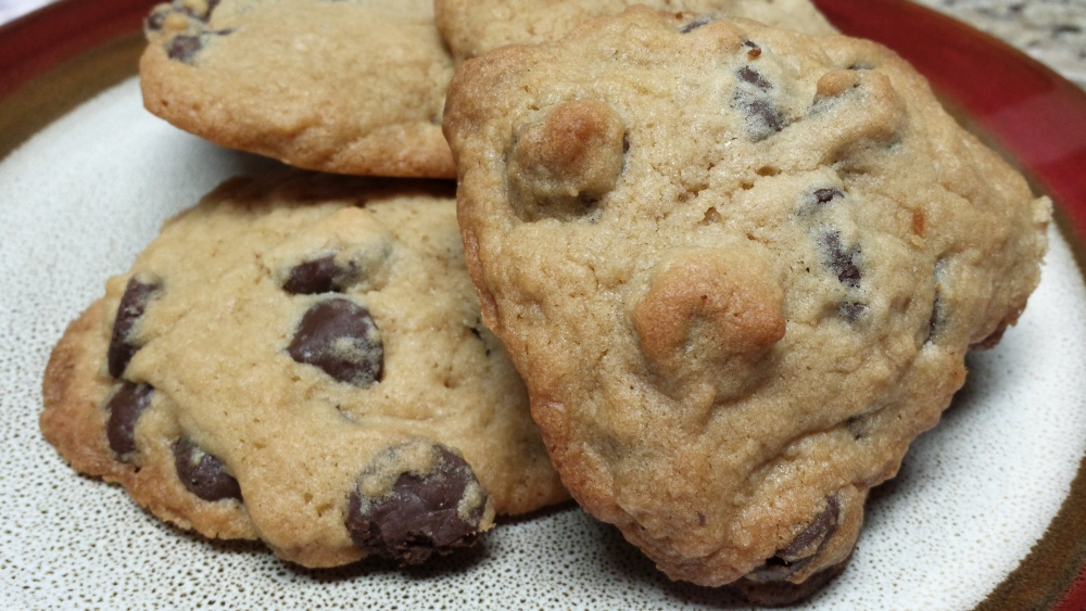 Chewy Chocolate Chip Cookies (1/2)