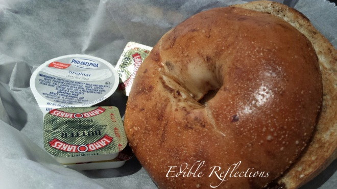 Raisin bagel that comes with the avocado turkey pastrami omelet - Noshville Delicatessen