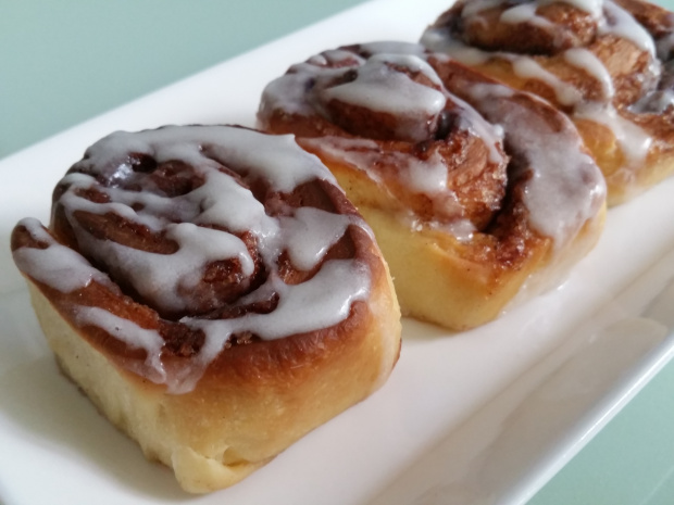 Old Fashioned Cinnamon Rolls by Alexa's Mom