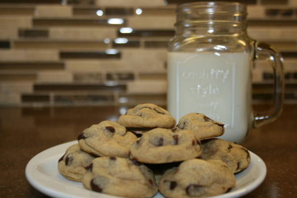 Chocolate Chip Cookies by Cook.Bake.Eat.Repeat