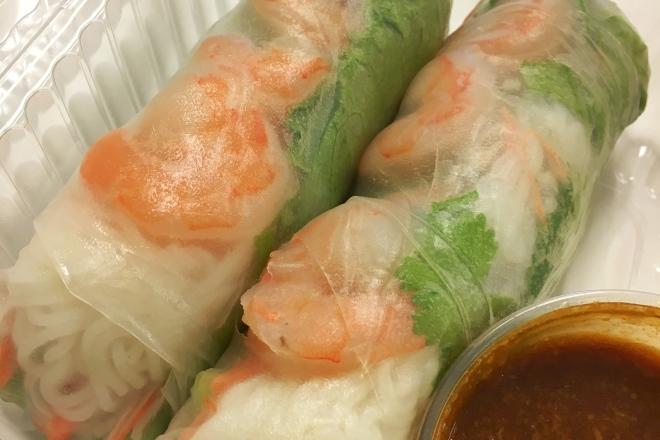 Shrimp spring rolls from Laovin It