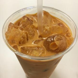 Thai iced tea from Laovin It